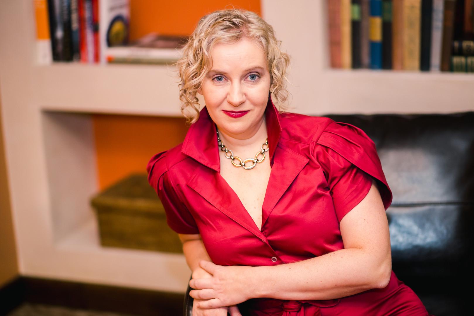 Diana Stelin: Professional Artist, Author, Educator & Fashion Designer