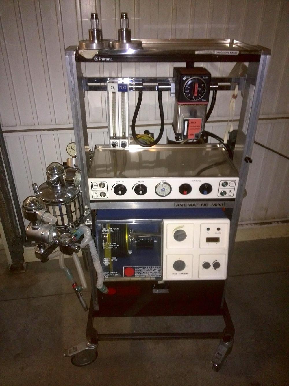 Anesthesia Machine   Chirana   Anemat N8