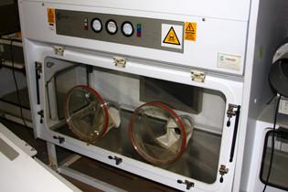 Cytotoxic dispensing isolator | Envair | CDC D
