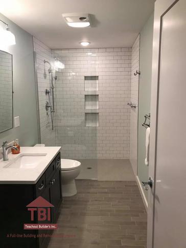 Bathroom4Watermark.png