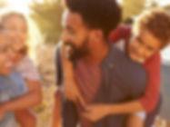 parents-giving-their-kids-piggybacks_SI.