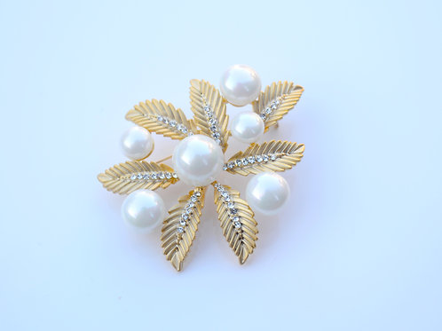 Golden Leaves with Pearl Fashion Metal Brooch Pin Wedding Birthday Party Gift