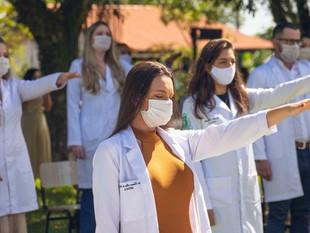 Como antecipar a colação de grau no curso de Medicina em razão da pandemia?