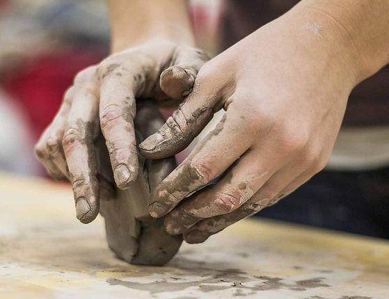 clay-TonHändeK.jpg
