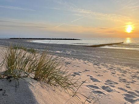 Sonnenuntergang am Ahrenshooper Strand · © Kurverwaltung Ahrenshoop.jpg