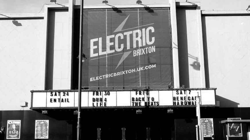 electric-brixton-1550570103.11_edited.jp