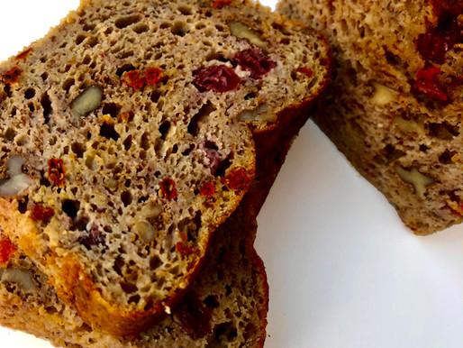 Keto Duona su vaisiais ir riešutais