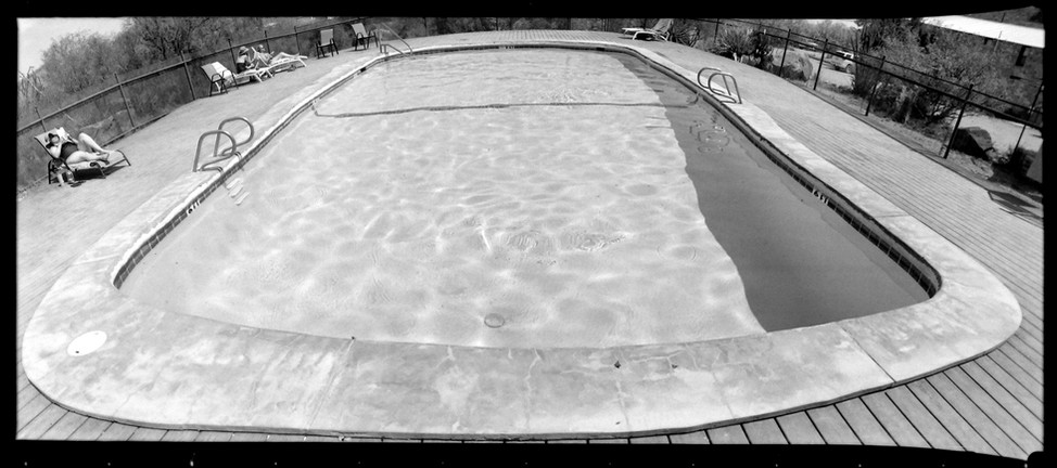 web_Terlingua_Ranch_pool.jpg