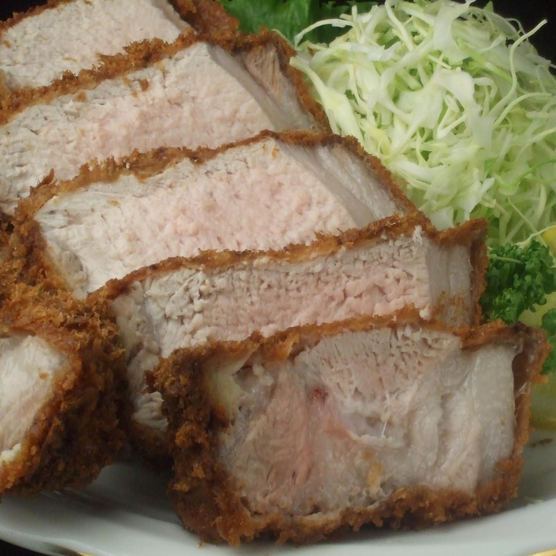 Thick cutting pork cutlet