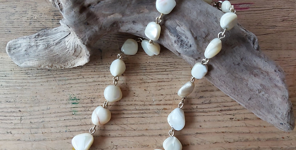 Mother of pearl vintage beads