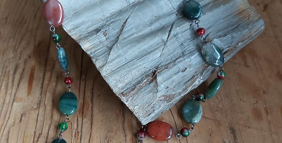 Moss agate and glass beads