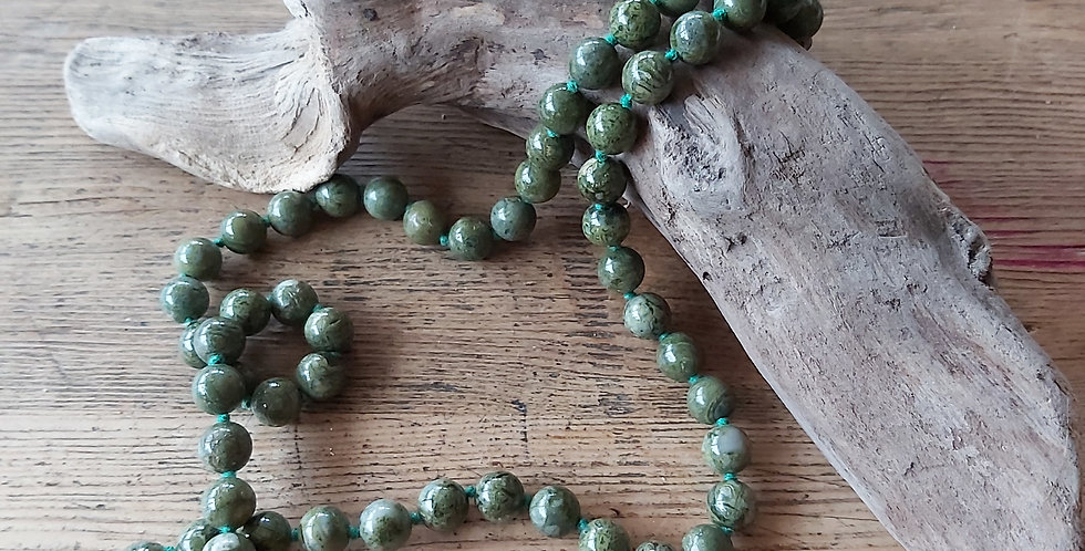 Green agate vintage beads