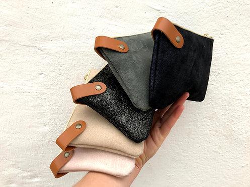 Suzon, la pochette en cuir