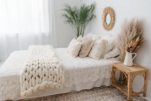 Oversized Luxury Knit Throw
