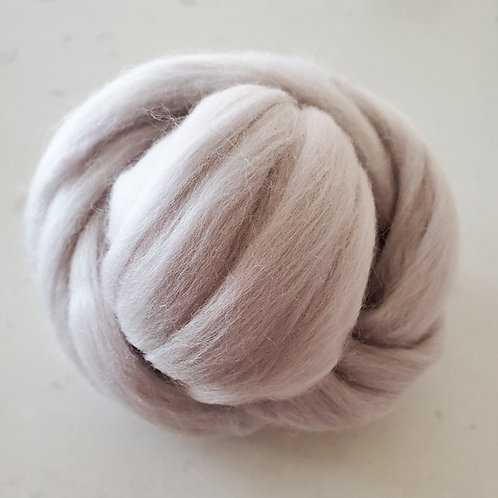 4 oz Pewter Merino Wool Roving
