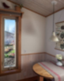 tiny house eating nook