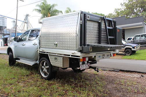 aluminium ute canopy with custom rear set up