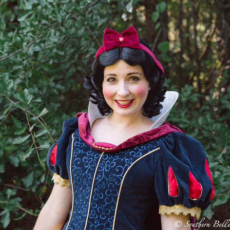 Macon Snow White