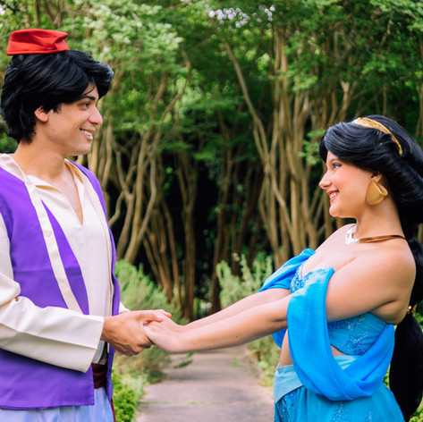 Aladdin and Jasmine Cosplay