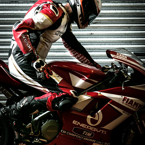 APEX RACE SUIT