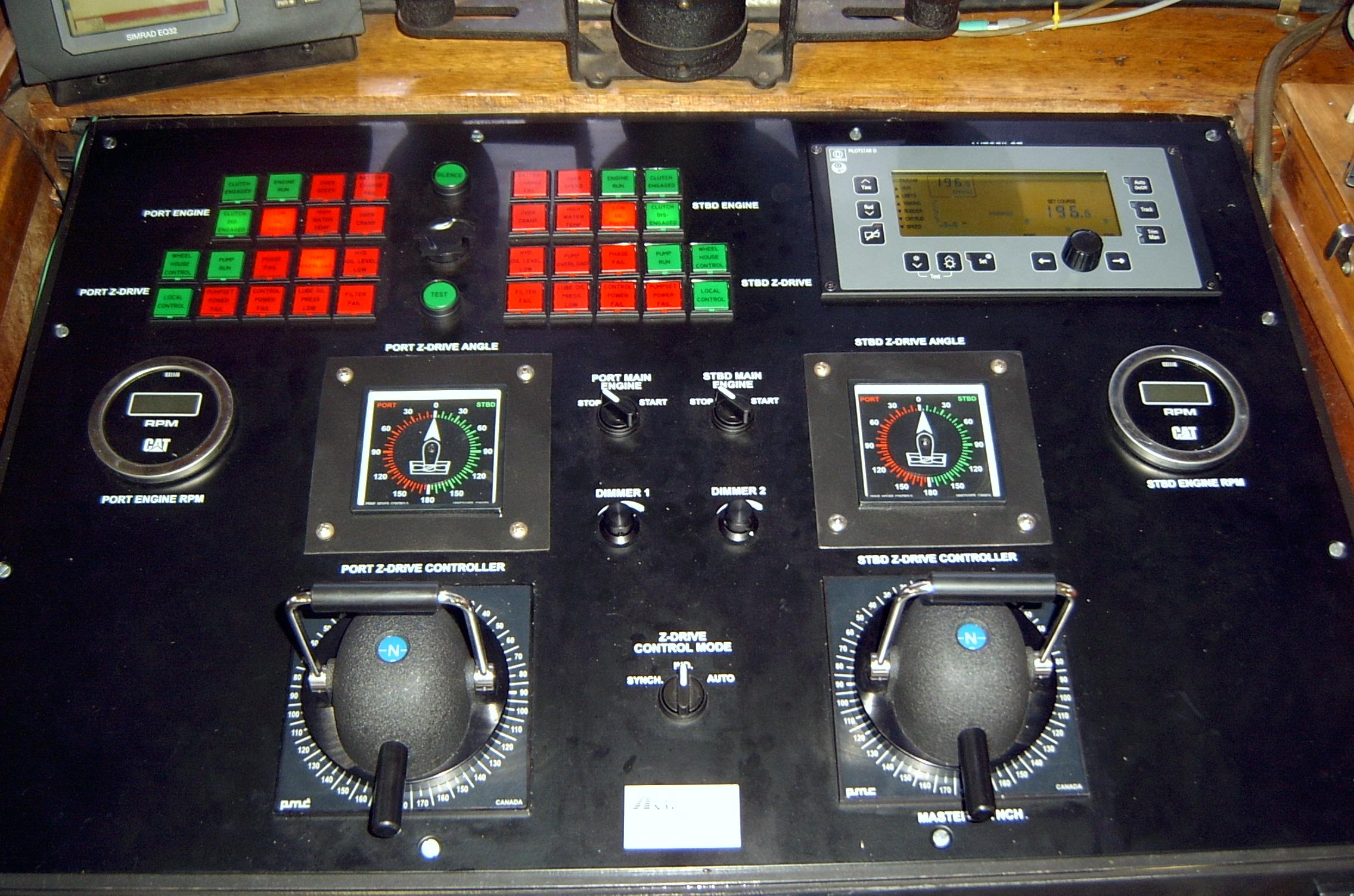 Dredge Steering Controls