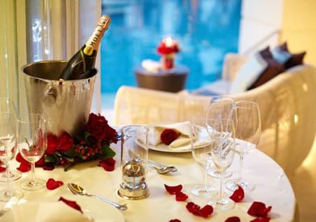Отели на День Влюбленных: самые романтические номера в гостиницах Украины
