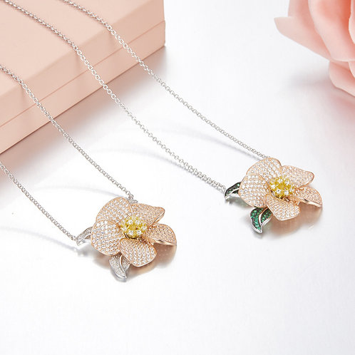 Floral Eternity Necklace II