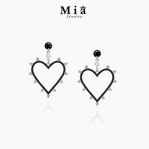 The Queen of Heart Earrings
