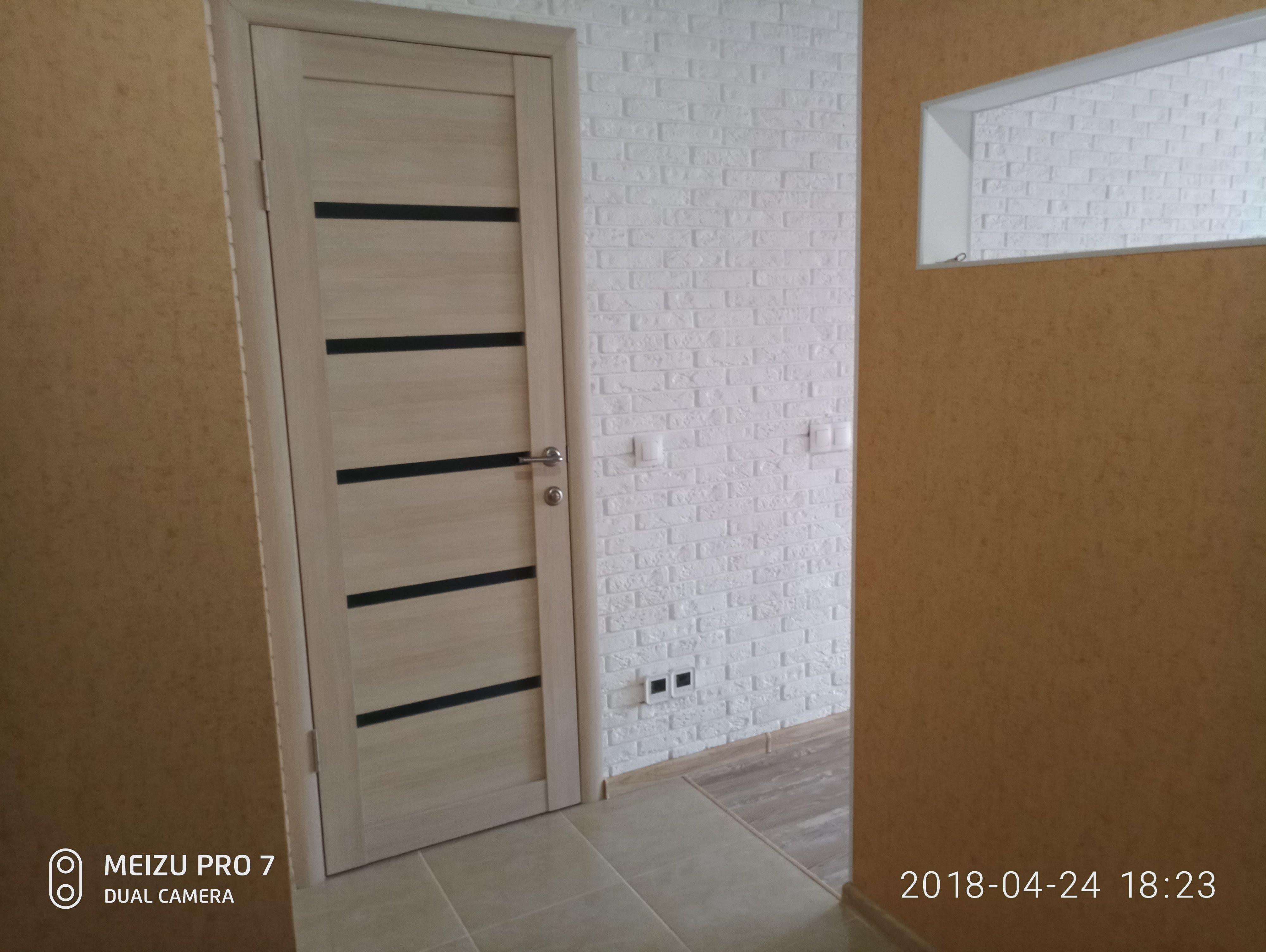 Установка двери в квартире пригород (1).