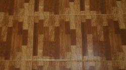 Укладка текстурной плитки на стены и кер