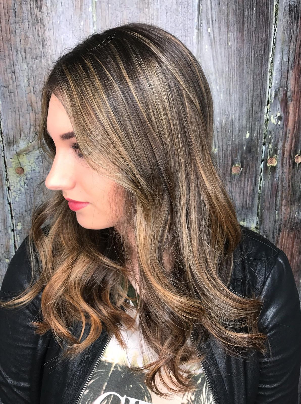 Columbia Sc Hair Stylist Kelsey Abercrombie Hair Stylist