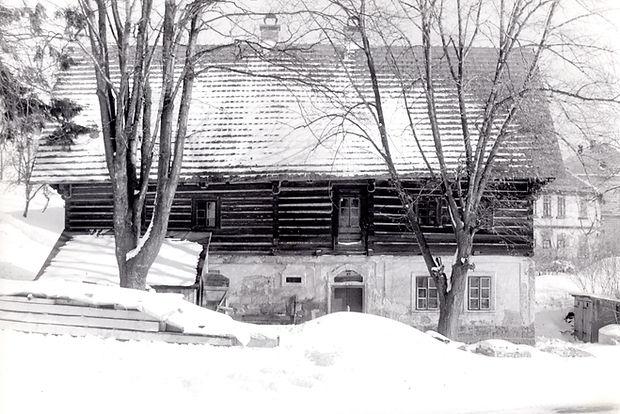 Historická fotografie Pensionu Kovárna