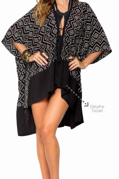 Kimono Curto Tecido Bordado Amarracao E Tassel