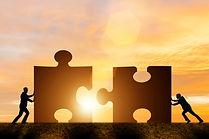concept-entreprise-travail-equipe-puzzle