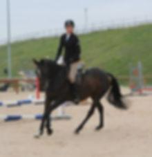 julie_à_cheval.jpg