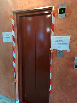 Peinture porte d'ascenseur Caluire