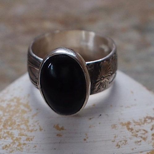 Oval black onyx ring size 9.5