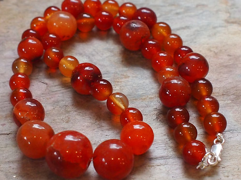 Chunky carnelian necklace