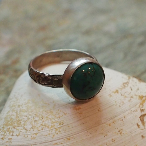 Turquoise scroll band size 8.5