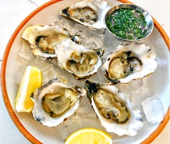 Oysters at the Paso Robles Wine Merchant