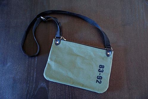【受注生産】8392 キャンバスショルダーバッグ<TYPE A・オリーブグリーン>