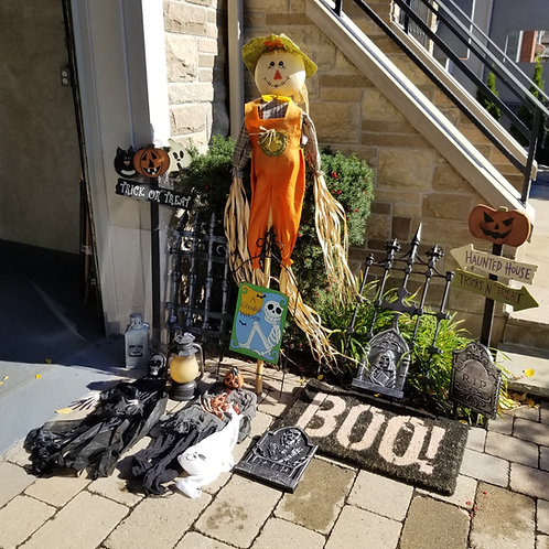 Hallowe'en decorations - Lot 11