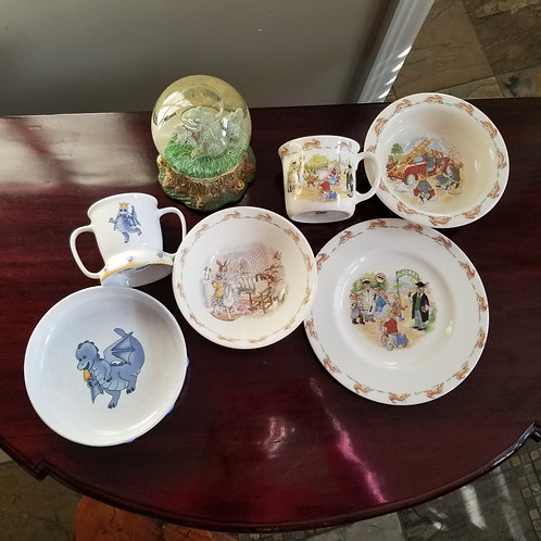 Lot 91 Bunny kins dishes, etc...