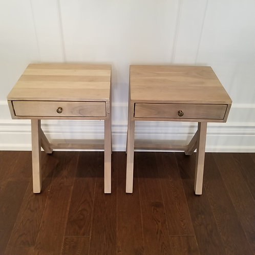 Pair of Accent Tables Lot 26