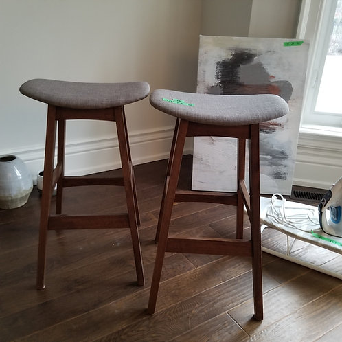 Pair of Stools Lot 94