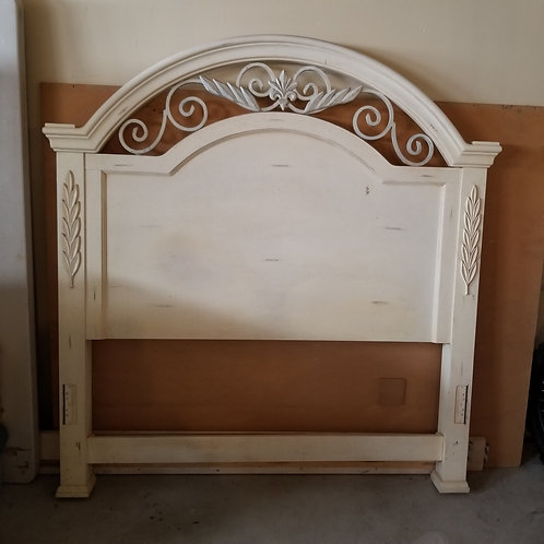Lot 65 - Queen Bed