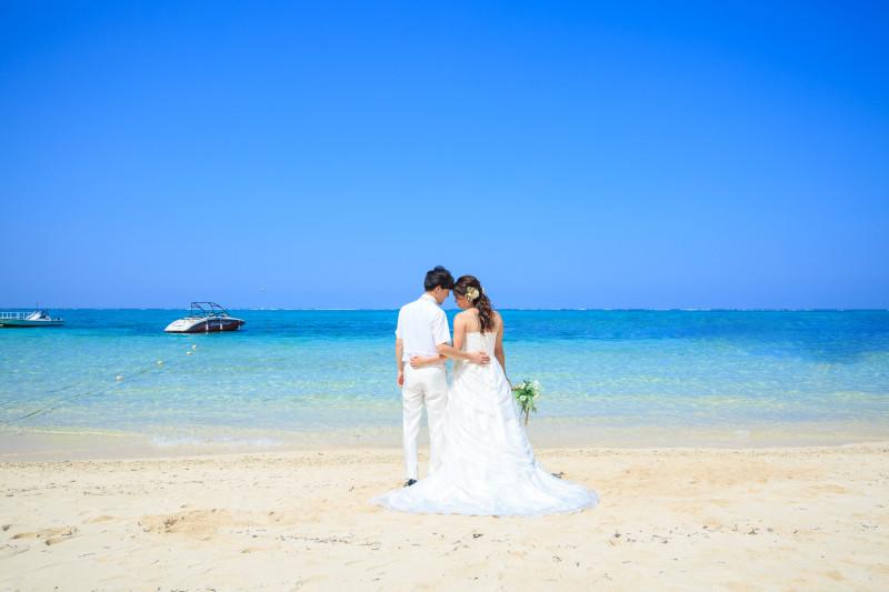 沖縄恩納村 ムーンビーチのフォトウェディング チャペルフォト