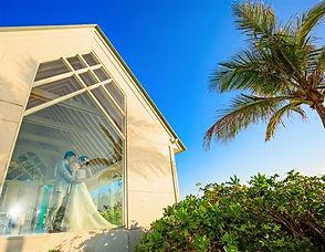 沖縄 恩納村 フォトウエディング ビーチフォト チャペルフォト ムーンビーチ ウェディングフォト 前撮り