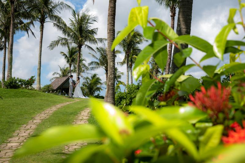 沖縄フォトウエディング ムーンビ-チのビーチフォト ガーデンフォト