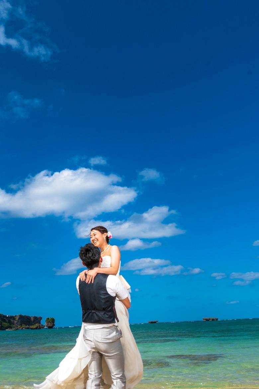 沖縄恩納村 フォトウエディング ビーチフォト 前撮り
